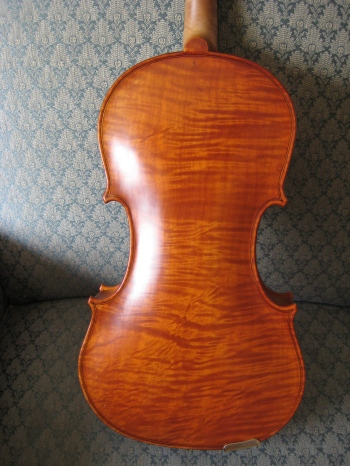 Howard Sands Violins, One-Piece Back, Maple Violin